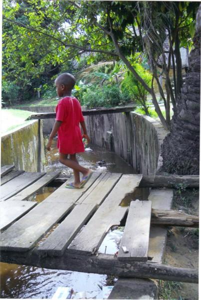 Pont cassé afrique
